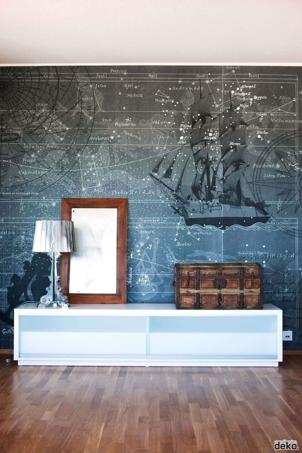 Love the wallpaper...actually I like the whole thing, except maybe ... for Cool Wallpaper Designs For Walls  199fiz