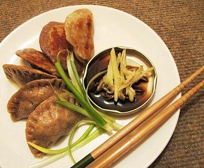Mummy, I can cook!: Sourdough Dumplings (饺子) and Gyoza/ Potstickers (锅贴)