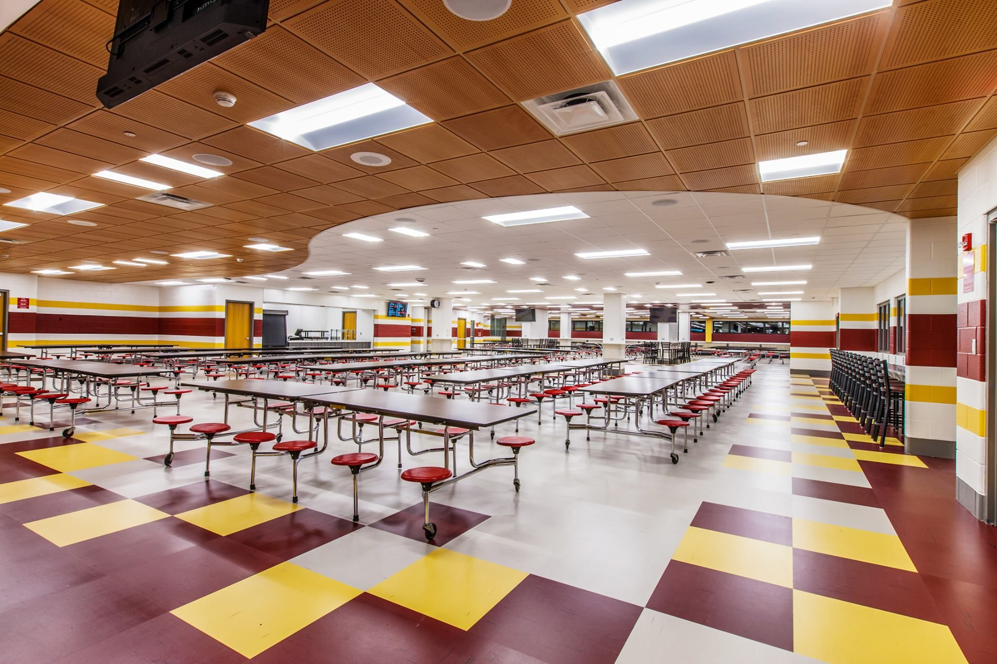 Schaumburg High School Il Rikett Quartz Tile Spartansurfaces Interiordesign Educationdesign