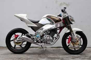 Modifikasi Honda Tiger Ala Motor Sport Velg Kecil Dengan Gambar