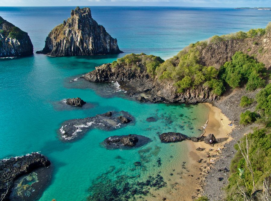 The Turquoise Waters of Baia dos Porcos | Pernambuco ...