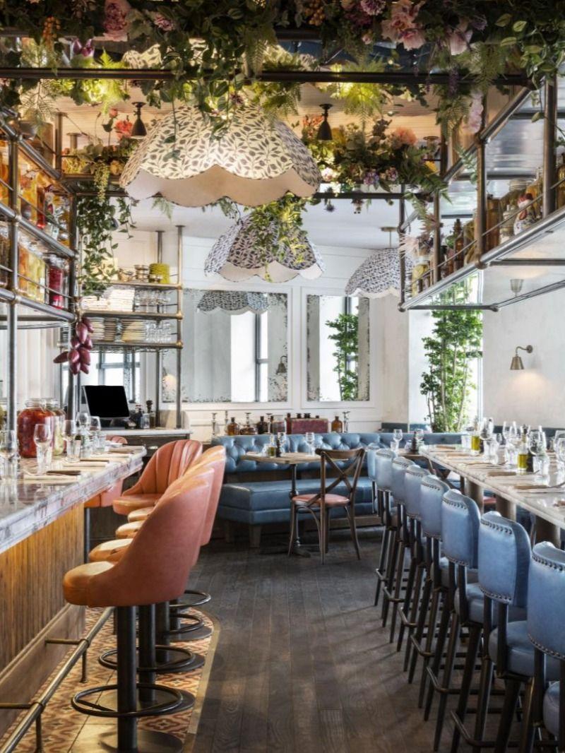 Modern Restaurant Designs That Feature The Best Artwork em ...