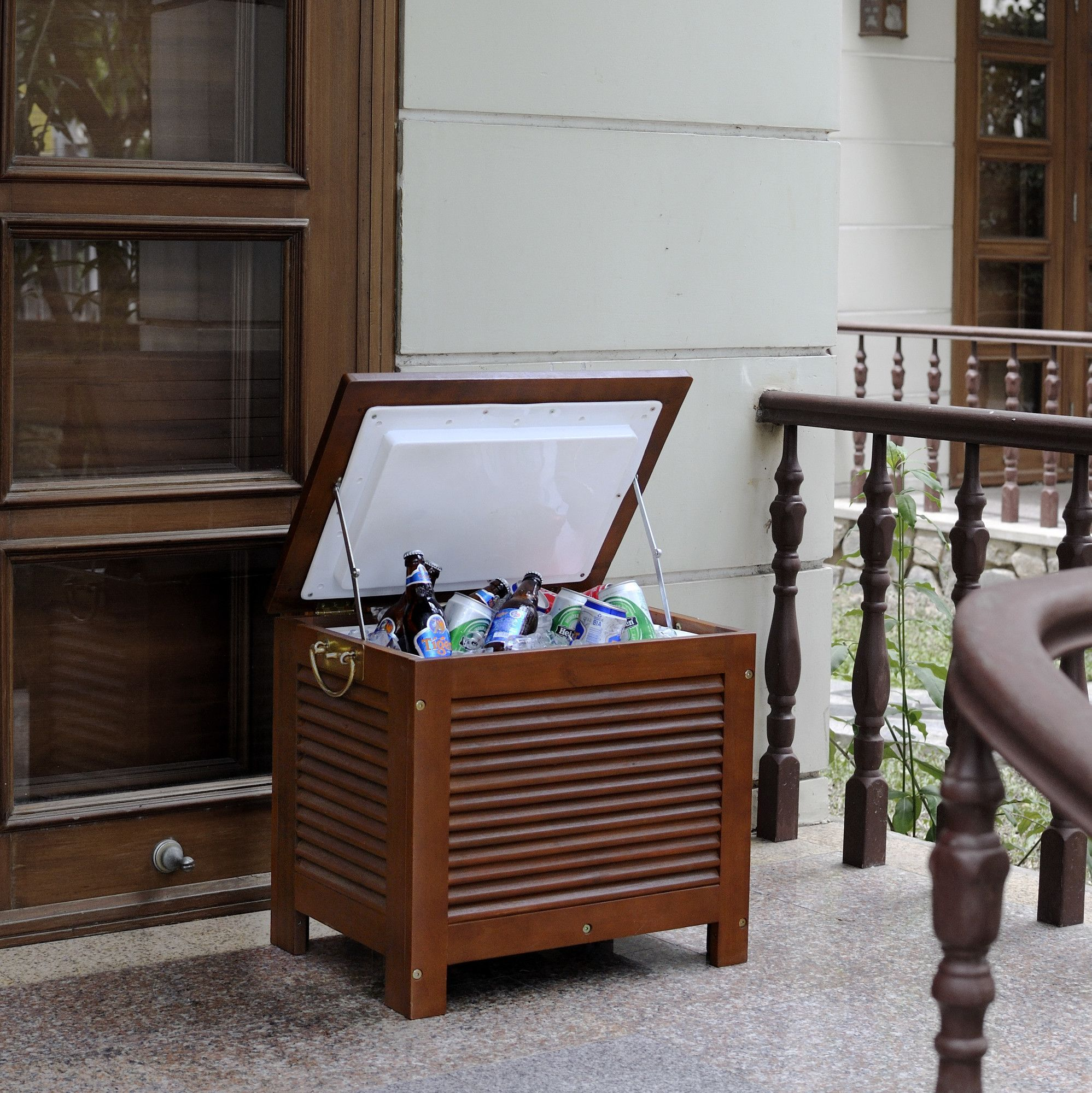 54 9 Qt Outdoor Wooden Patio Cooler