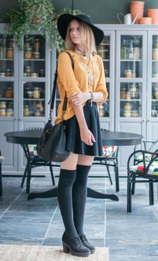 Photo of 6 Sophisticated Ways To Wear Socks With Heels