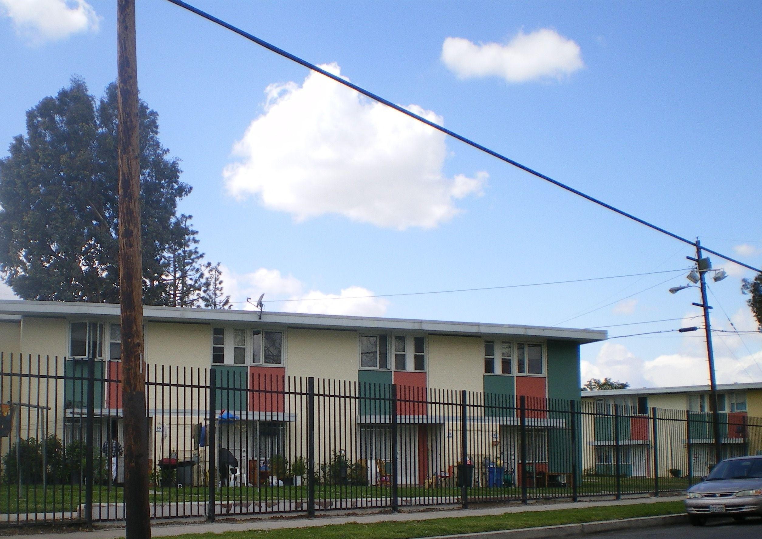 Rental Crisis In Calabasas Real Estate Website Real Estate Trends San Fernando Valley