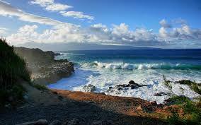 Resultado de imagem para Mar com ondas
