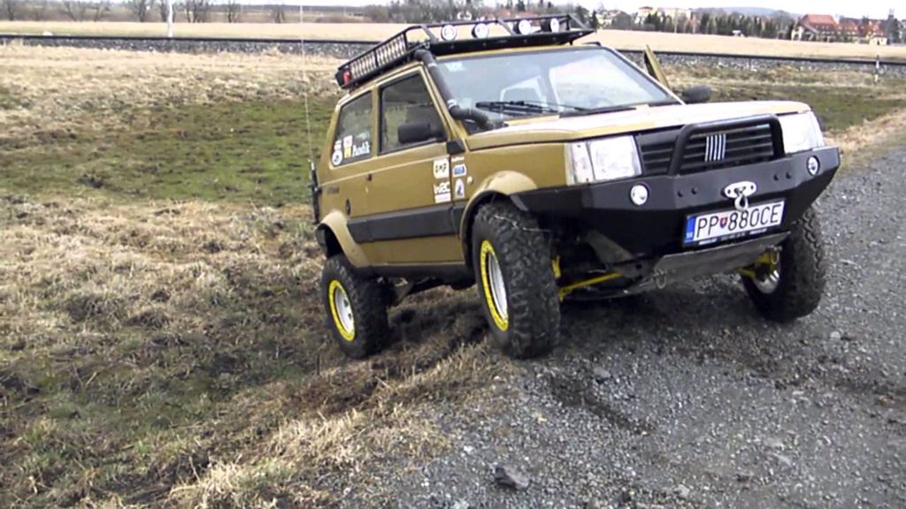 Fiat panda 4x4 offroad custom cars from fiat pinterest for Panda 4x4 sisley off road
