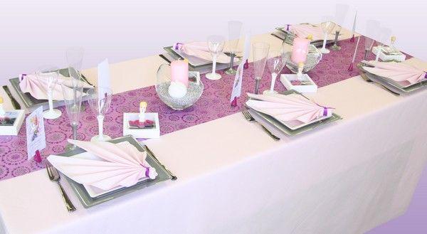 Voici une table de communion sp cialement imagin e pour une jeune fille pour un gar on n - Decoration de table communion fille ...