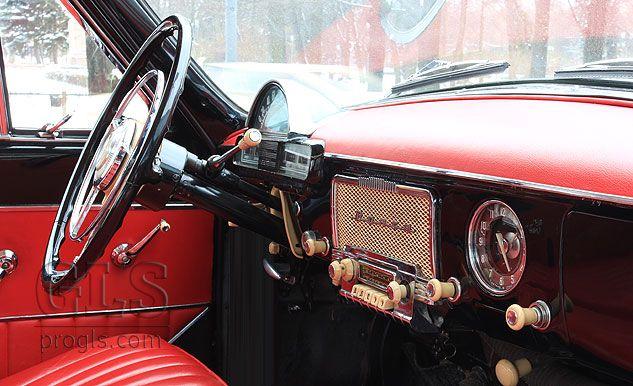 riga_retro_cars_1965_gaz21_volga_front_seats_image.jpg 633×386 pikseliä