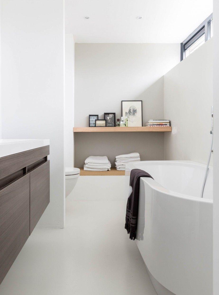 11-badkamer-wit-ligbad | Bathroom ☆ Sauna 2 | Pinterest | Saunas ...