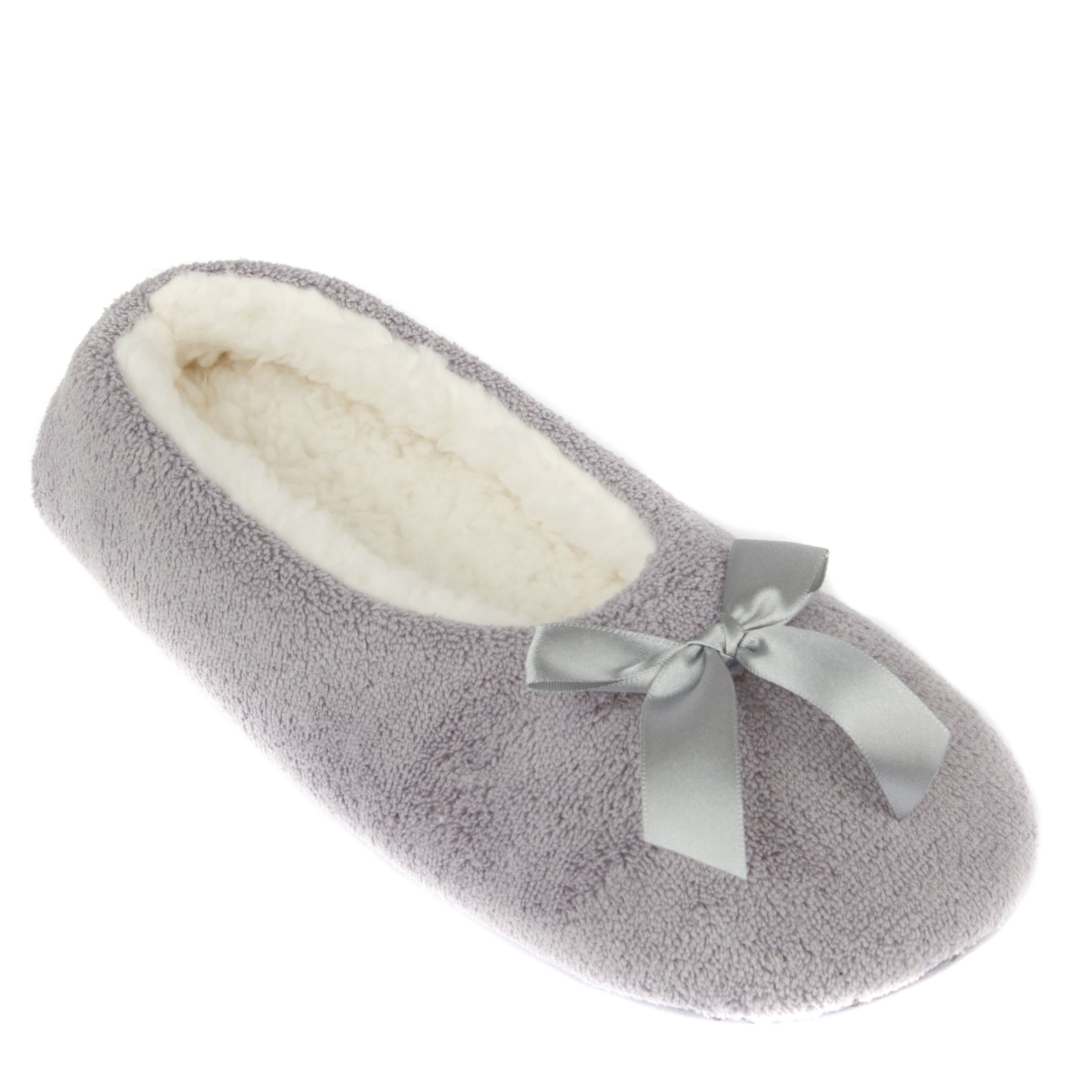 baaef93c960a Leisureland Women s Fleece Lined Cozy Slippers Solid Color by Leisureland