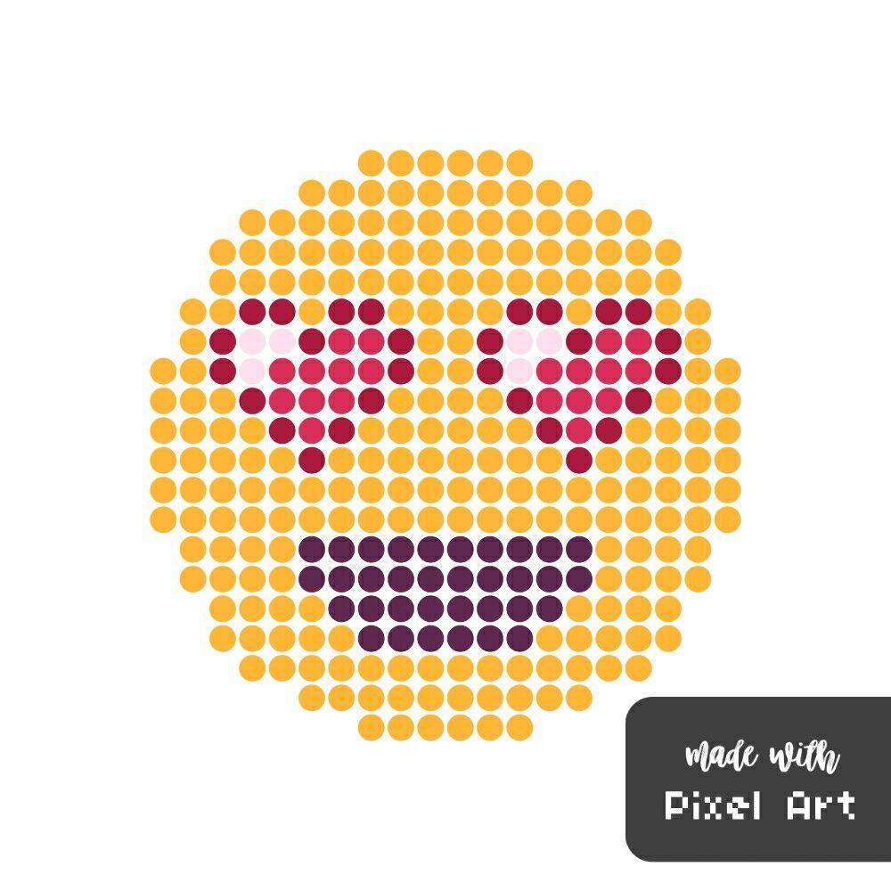 Smiley Amoureux En Pixel Art Réalisé Avec L Application