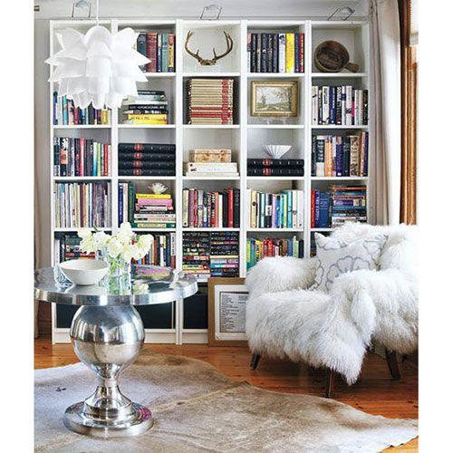 Boekenkast inrichten in woonkamer | Interieur inrichting | Huis ...