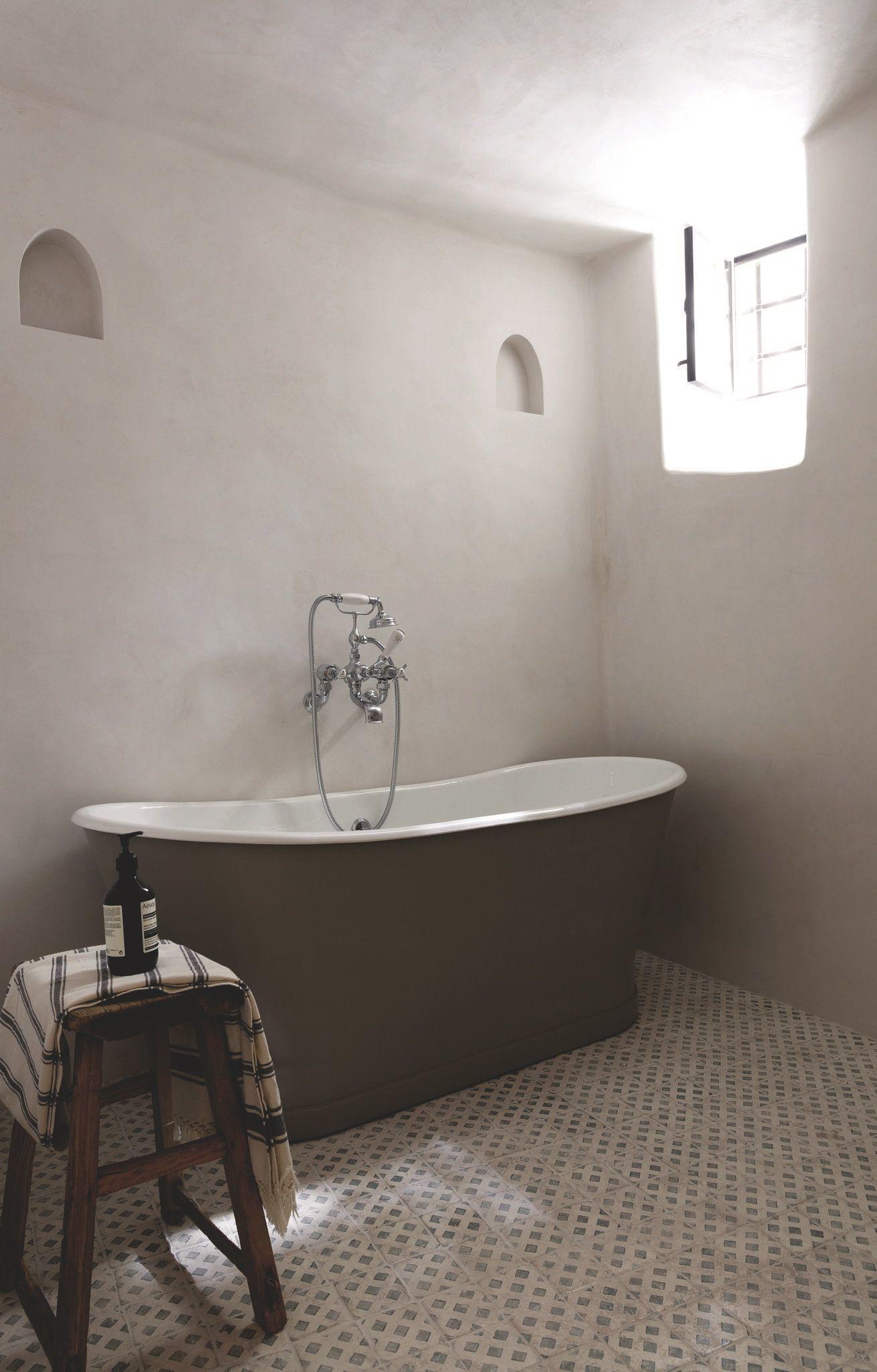 Salle De Bain Provencale maison provencale moderne rénovée | salle de bains moderne
