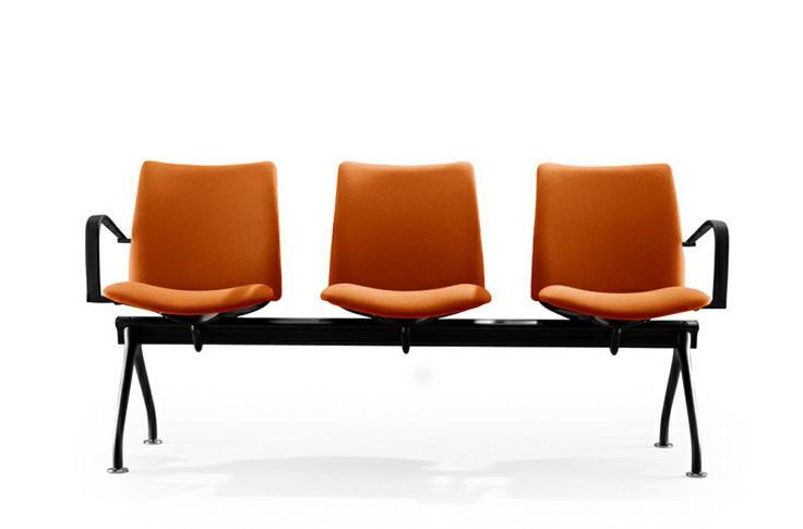 [EN below] Nuestro banco de la colección Global. Un diseño versátil, funcional y personalizable al máximo.  + info>> http://www.eneadesign.com/en/products/by_collection/global/global_bench.html   ***** Our Global collection bench. A versatile, functional and full customizable design.  + info>> http://www.eneadesign.com/en/products/by_collection/global/global_bench.html   #EneaDesign #design #diseño #contract #hospitality #Global