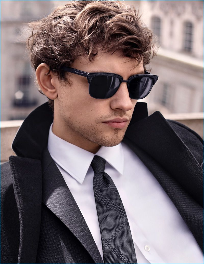 12237b78b97e Actor Josh Whitehouse dons textured square frame sunglasses for Mr.  Burberry's advertising campaign.
