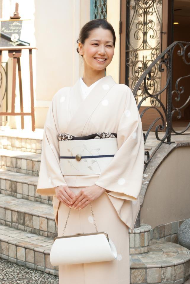Pin de May en 着物   Pinterest   Kimono japonés, Anatomía humana y ...