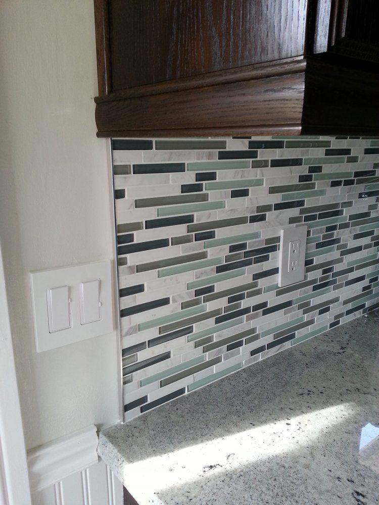 Tile Depot - Up close view of the backsplash tile. Metal trim ...