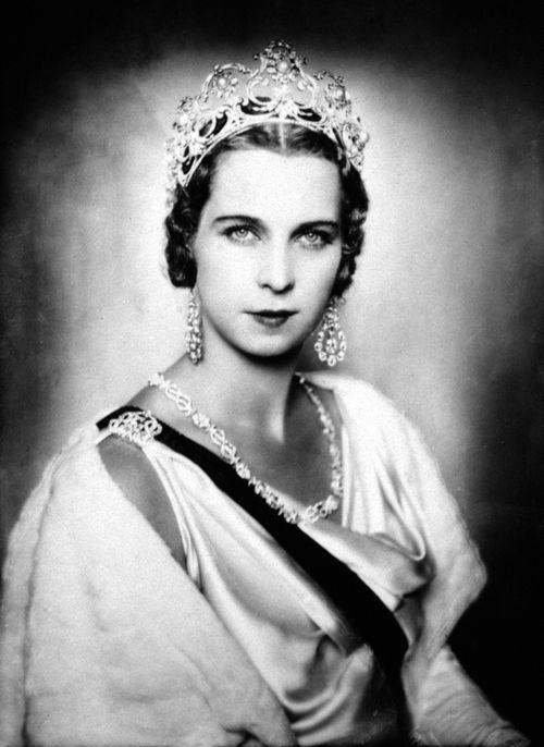 Queen Marie Jose of Italy, date uncertain