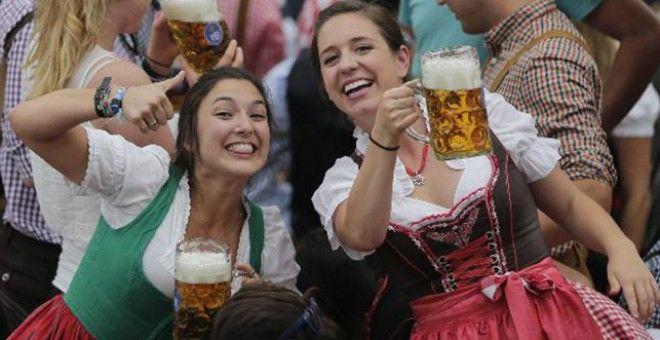 Çılgınlık start aldı!..  Birleşik Basın  #almanya #münih #bira #festivali #oktoberfest