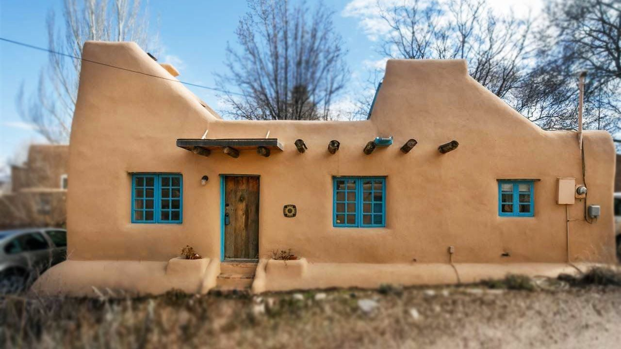 Window design for small house  a pueblostyle solar house in santa fe amazing small house design