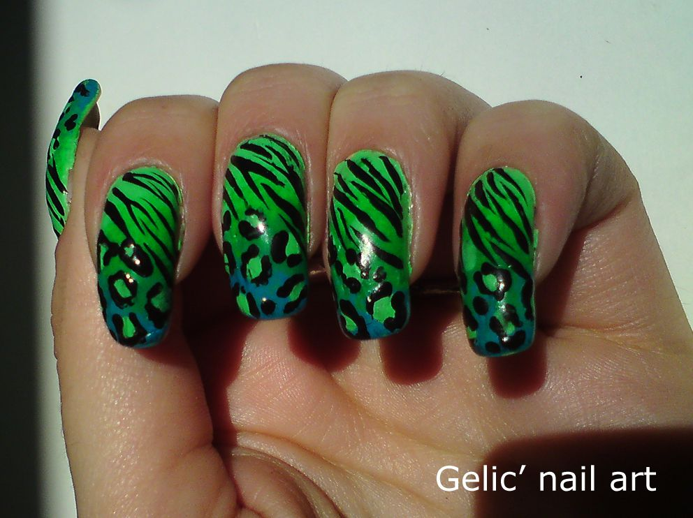 Gelic nail art: Zebra + leopard in a green gradient | nails | Pinterest