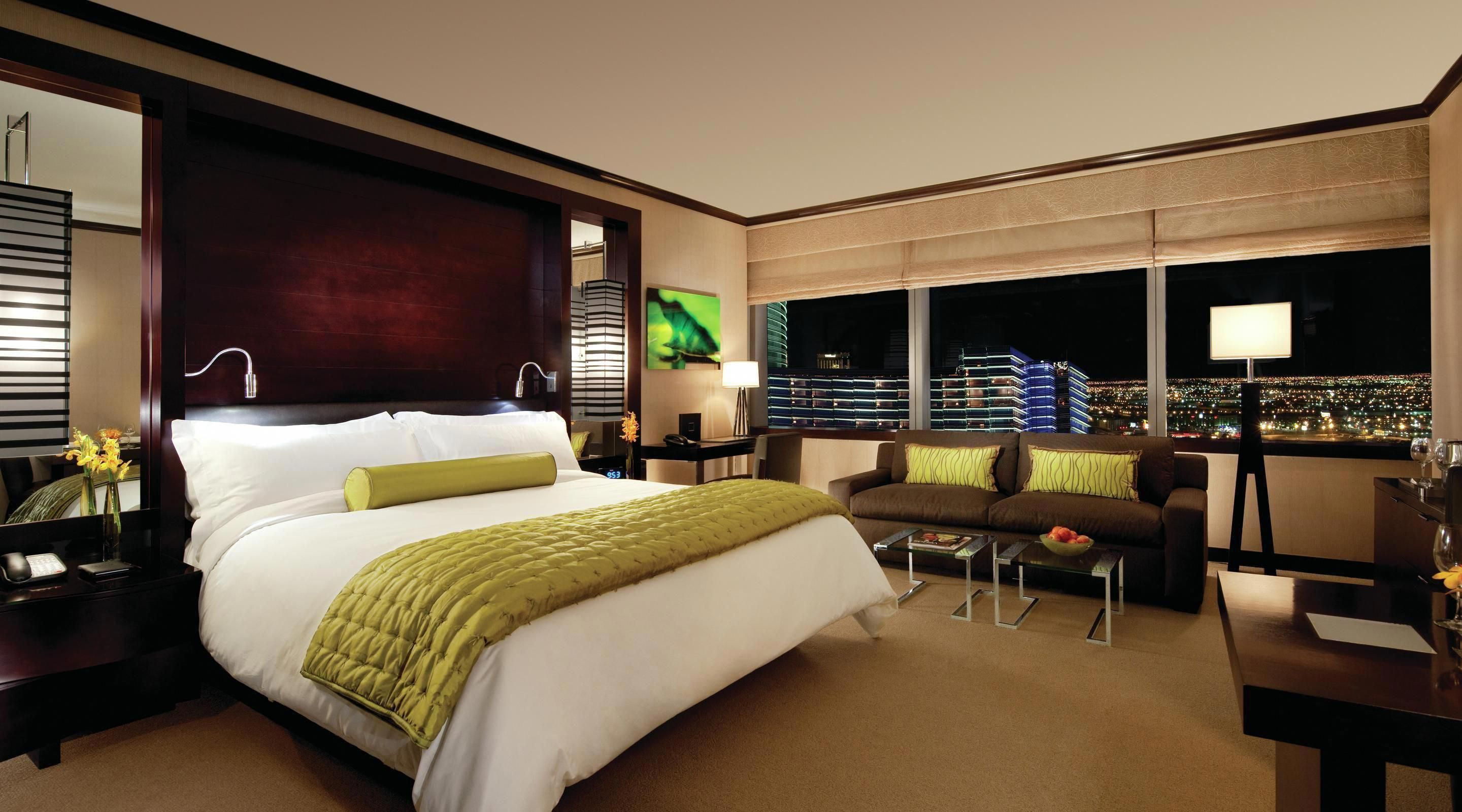 Vdara S Base Suite Is Anything But Basic With 582 Square Feet Of Luxury Including A Kitchenette You Have Never E Vegas Rooms Lofts For Rent Vegas Hotel Rooms