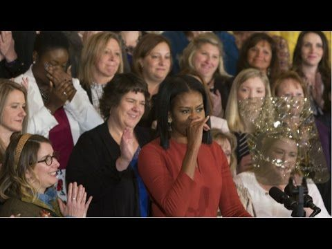 Dans son dernier discours, Michelle Obama fait l'éloge de la diversité - France 24
