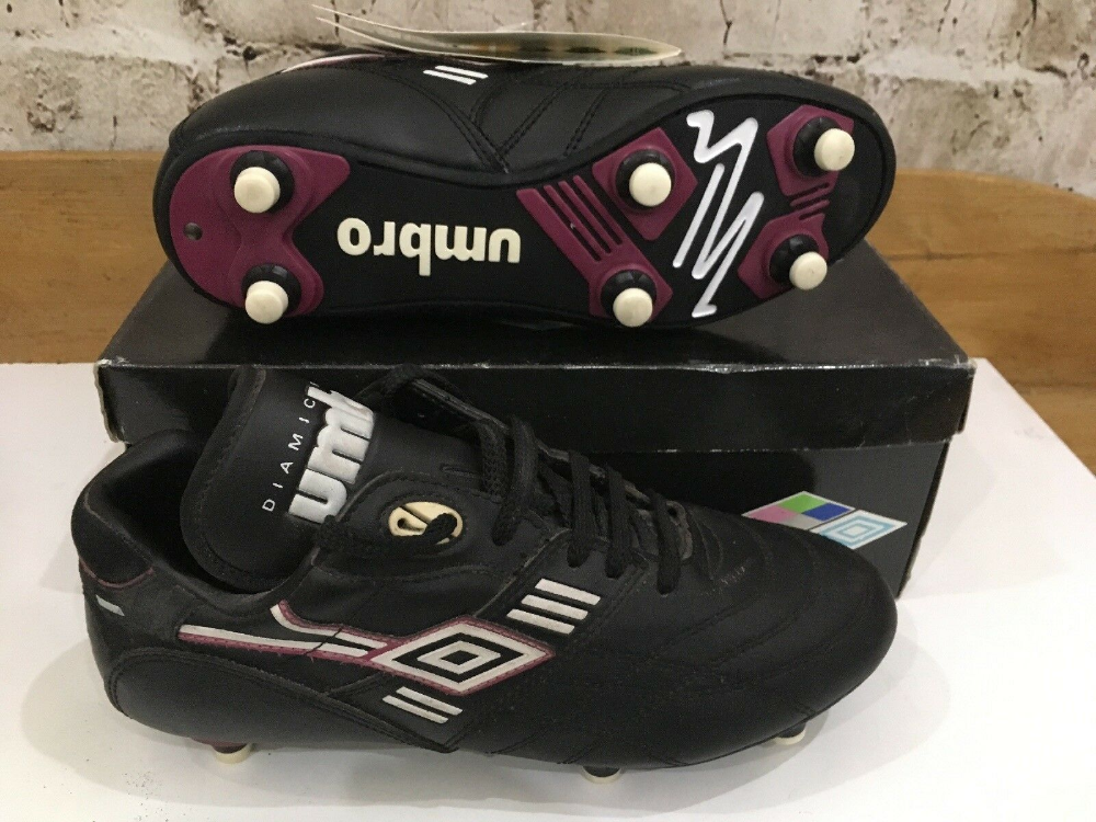 Pin By Carlos Alberto Jimenez Gil On Football Boots Football Boots Boots Uk Dc Sneaker