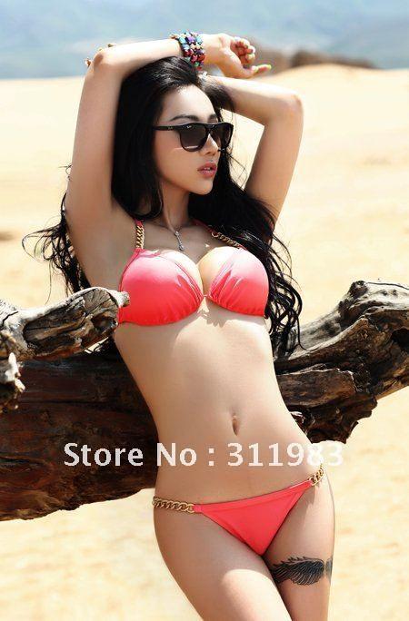 Foto Model Bikini Indonesia