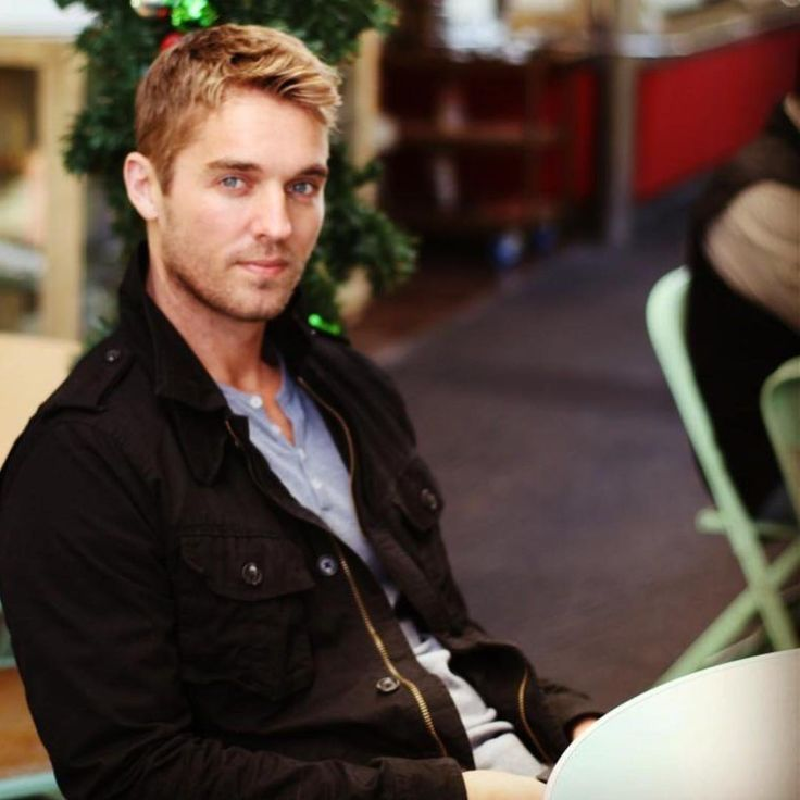 Image Result For Brett Young Wife Brett Yong Pinterest Country