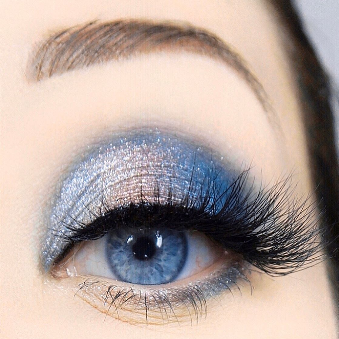 Icy blue eyeshadow