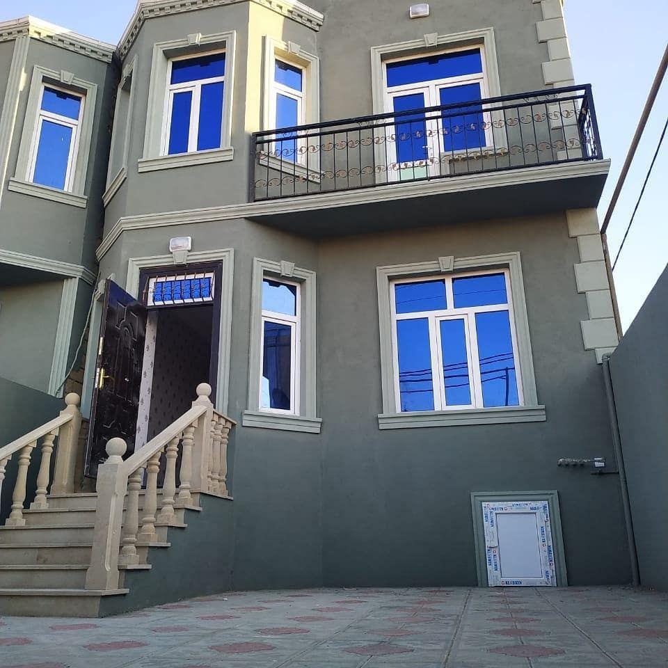 Merkezi Yoldan 100 M Aralida 2 Mertebeli 5 Otaqli Heyet Evi Satilir Qaz Su Ishiq Kanalizasiya Ve Kombi Sistemi Var Sened Kupca Qiymet House Styles Villa House