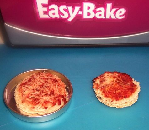 Easy bake oven english muffin pizza recipe easy bake oven easy bake oven english muffin pizza recipe easy bake oven english muffin pizza and english muffins forumfinder Images