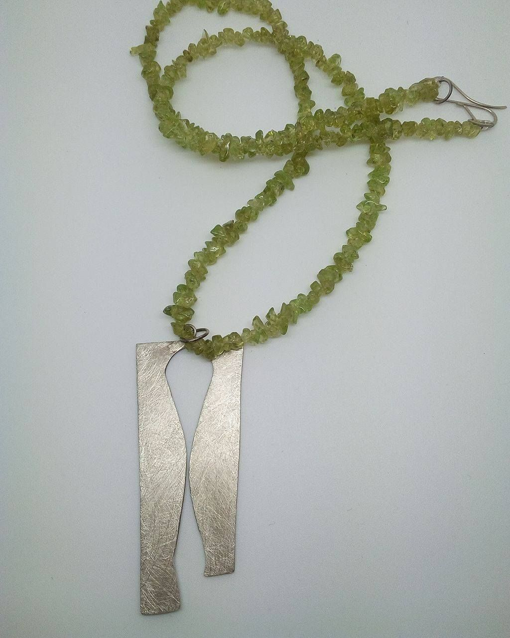 Jewelry// Alpaca and olivine necklace