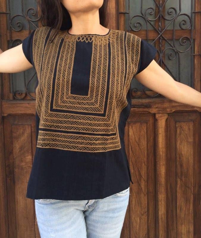 Huipil bordado a mano, Mexican Design, Mexican Embroidery, Mexican ...