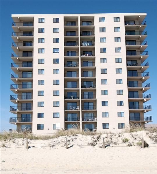 Coldwell Banker Vacations The Towers 1004 Vacation Great Vacations Ocean City Maryland