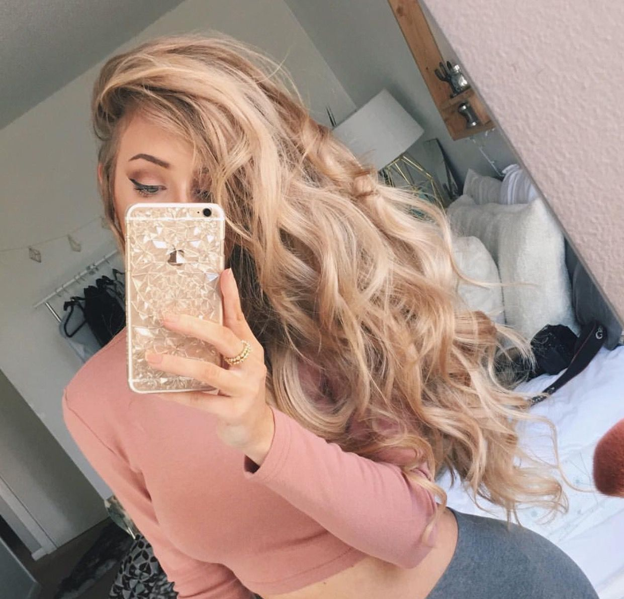 Bellami Extensions In Dirty Blonde Blondehairstylesdirty Blonde