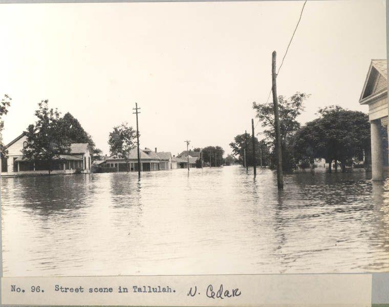 The 1927 Mississippi River Flood Tallualh La Louisiana History
