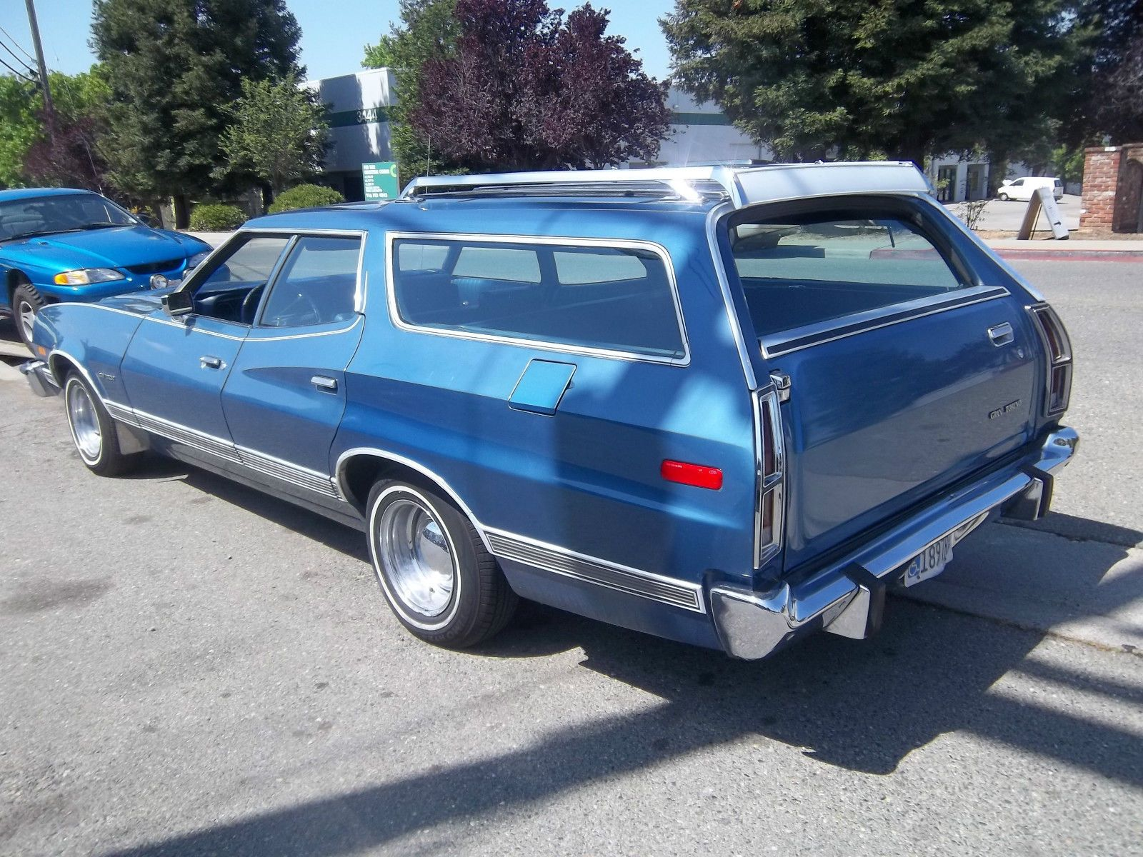 73 ford gran torino station wagon