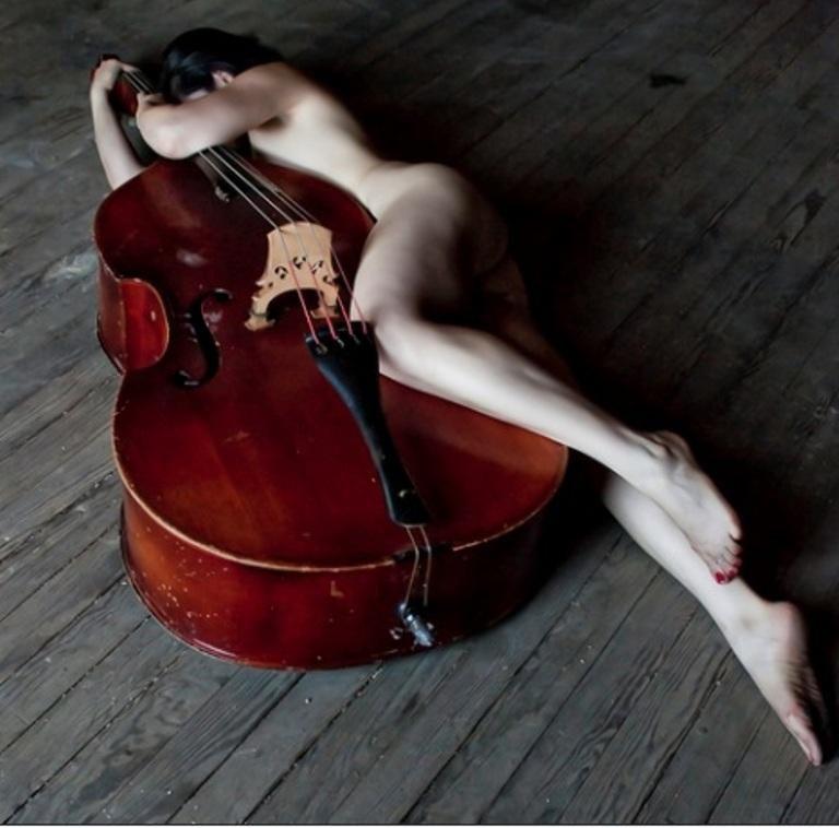 ¨La música es como un cosmos apartado del cosmos que nos abarca a todos; esfera dentro de otra, contenida, sí pero no confundida...¨