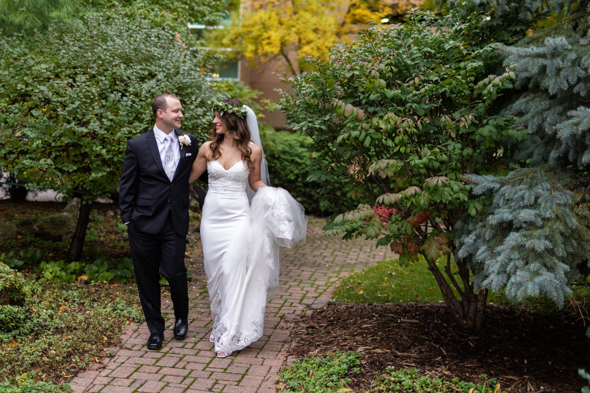 Just The Couple Wedding Photography Bridal Flower Crown Professional Wedding Photographer Wedding Photographers Wedding Photography