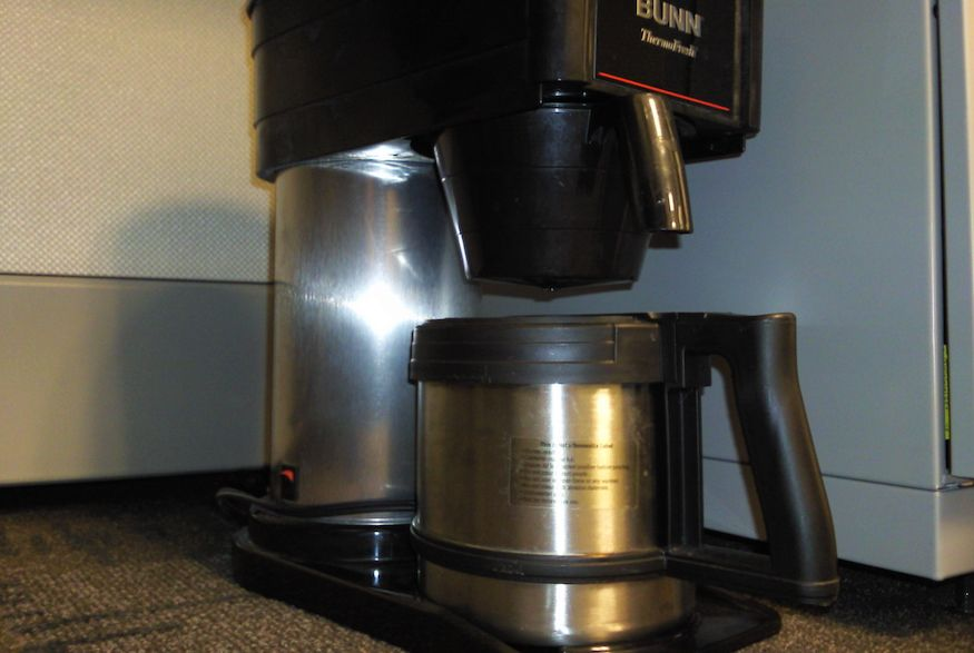 how to clean a bunn coffee maker with white vinegar