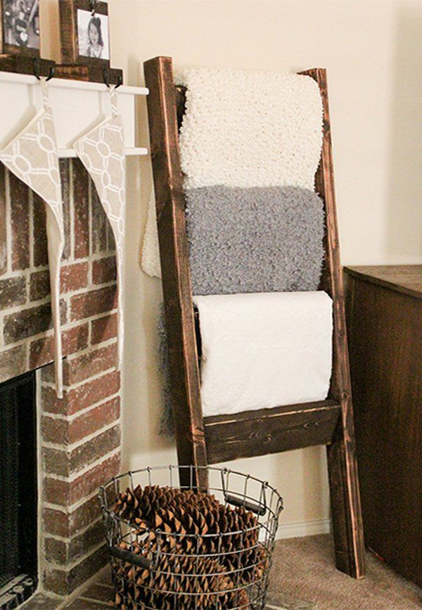 18 Amazing DIY Pallet Project Ideas for Home Decor Blanket ladder