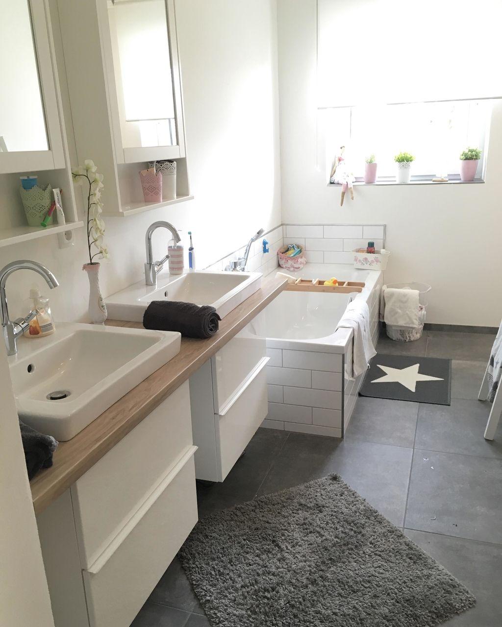Badezimmer Einrichten Ideen Fur Jede Grosse Badezimmer Landhaus Badezimmer Badewanne Umbauen