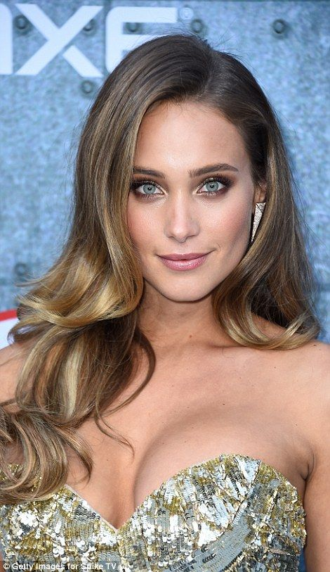 Hannah Jeter Poses For Sports Illustrated Swimsuit Edition Haircut