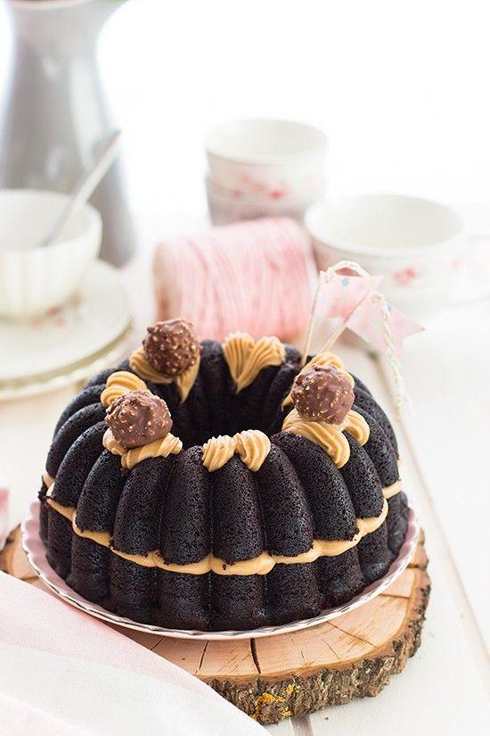 La Mejor Tarta Ferrero Rocher En La Que No Necesitas Ferrero Rocher Para Hacerla Fácil Y Rápido La Mejor Tarta Del Mundo Bolo De Chocolate Bolo Simples Bolo