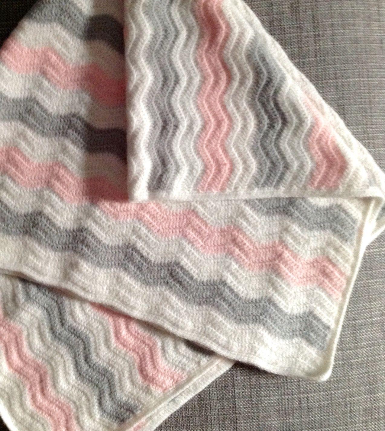 Como hacer manta de beb en zig zag manta beb y - Manta de bebe a ganchillo ...