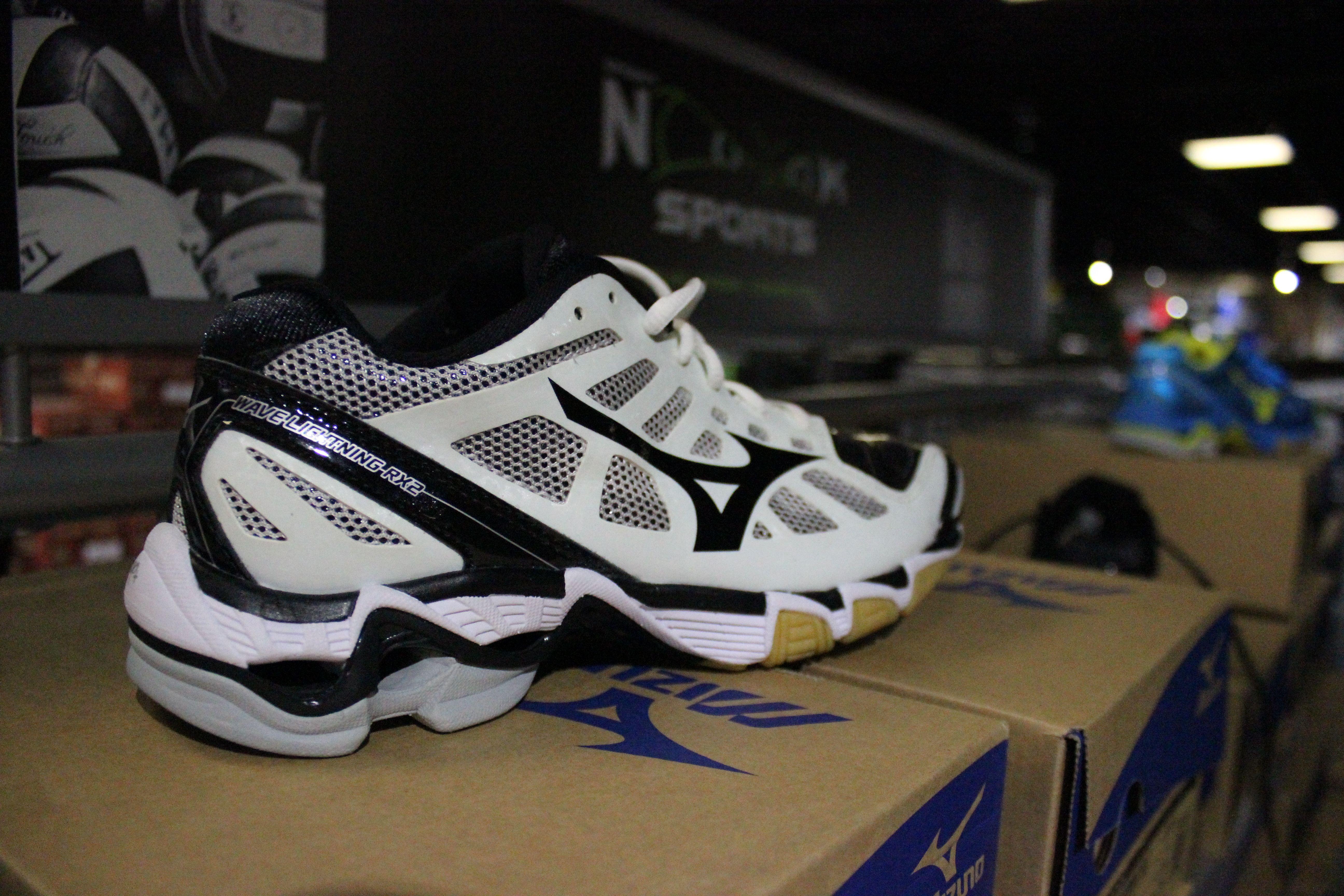 mens mizuno running shoes size 9.5 en espa�ol 80's