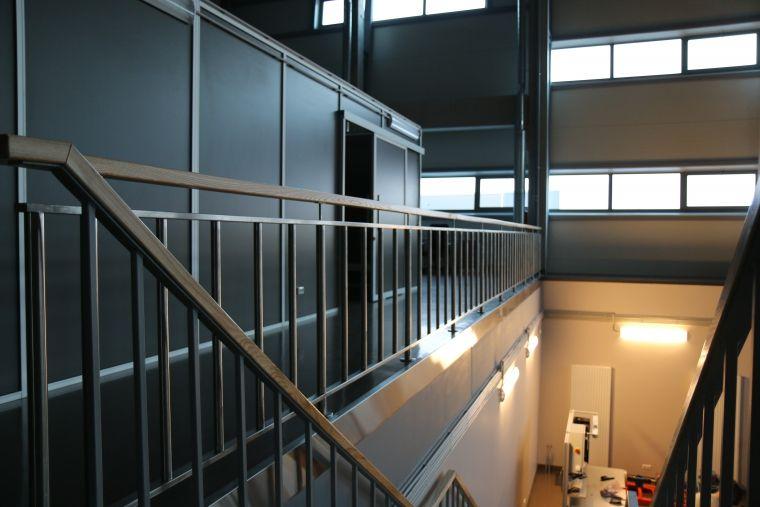Atrija Marga Sia Toget Nerusejosais Terauds Koka Lenteris Indoor Railing Metal Railings Indoor Decor